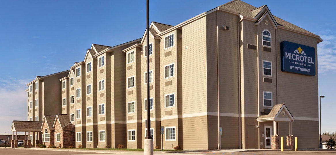 Microtel Minot
